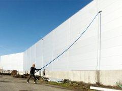 Mytí průmyslové fasády