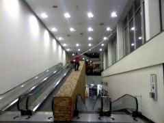 práce s až 8m tyčí, obchodní centrum Chodov