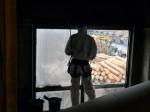 Chemické mytí fasády a oken na pile M&M Holz Paskov