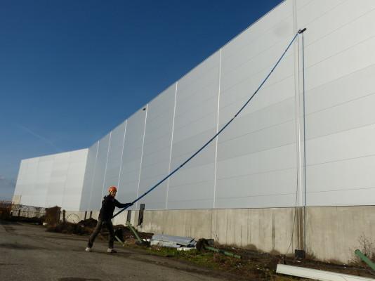 ,myti fasady vysky 13 metru